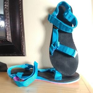 Teva sandals in aqua blue and black with pink
